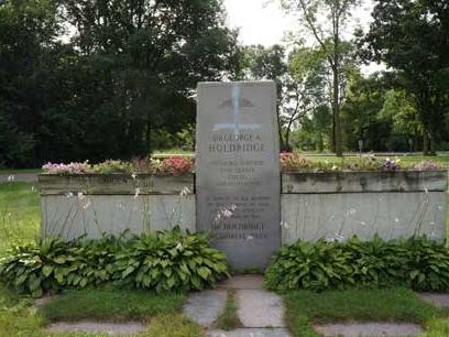 Holdridge Park Memorial